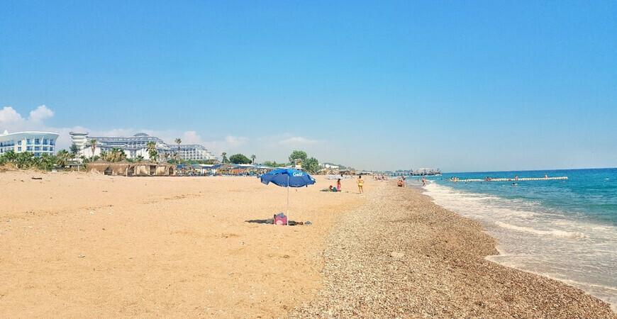 Пляж поселка Кызылот