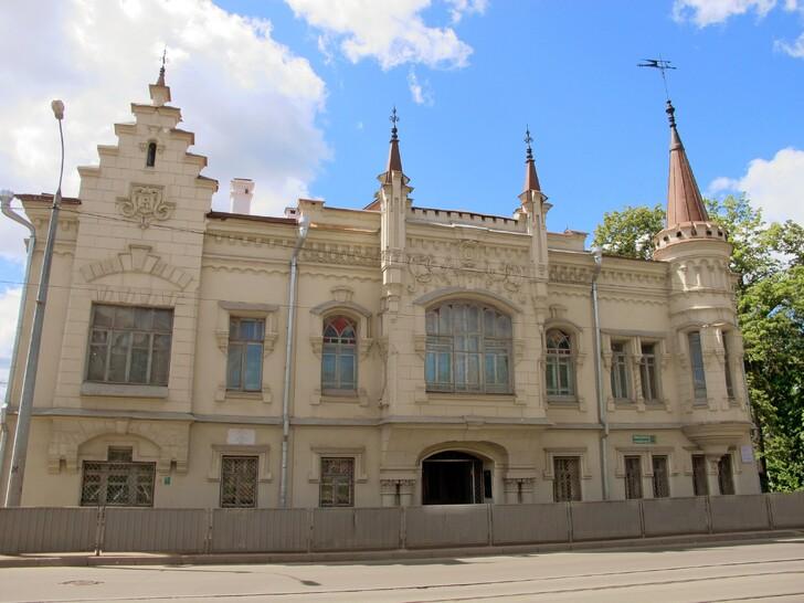 Дом Шамиля с Литературным музеем в Старо-татарской слободе