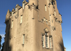 Замок Кратес (Крэйтс) Шотландия