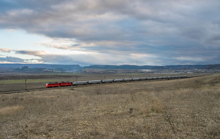 Поезд Екатеринбург — Симферополь