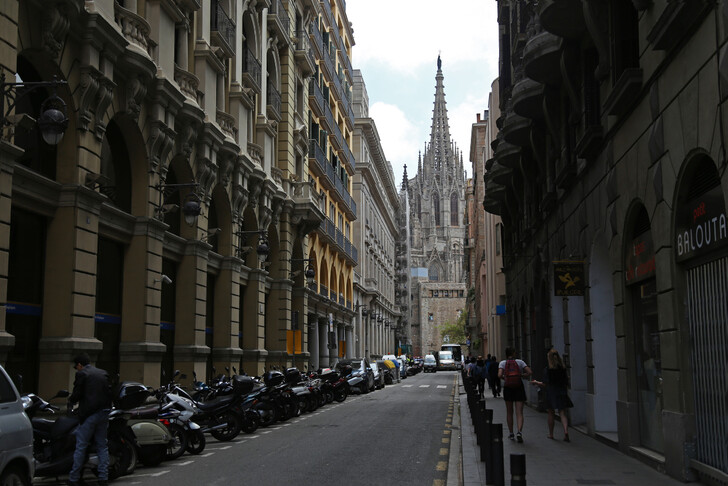 Прогулка по Готическому кварталу Барселоны