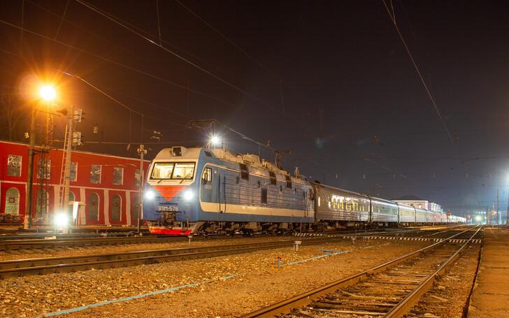 Поезд Санкт-Петербург — Феодосия