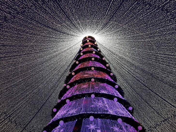 Главная елка на площади у «Казана»