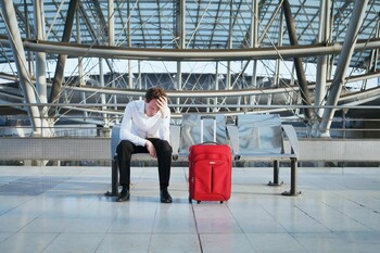 Российские туроператоры отменяют туры за рубеж, в том числе в Турцию
