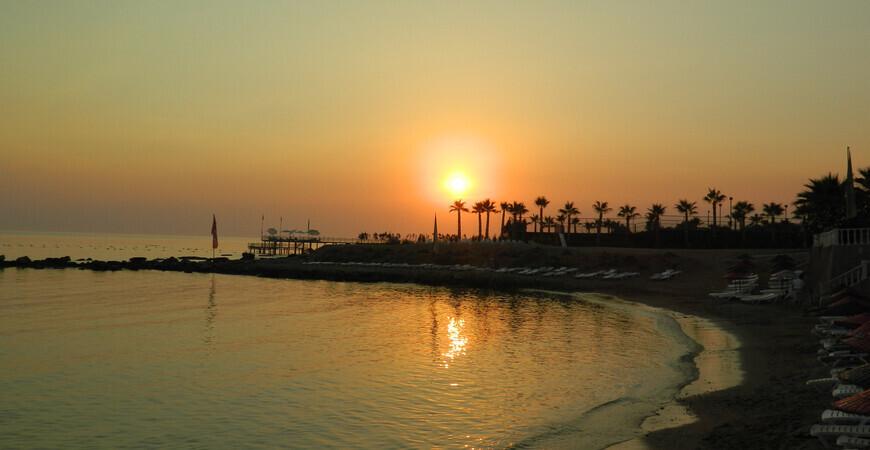 Пляж поселка Авсаллар