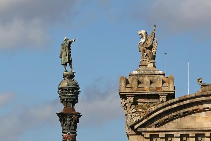 Памятник Колумбу