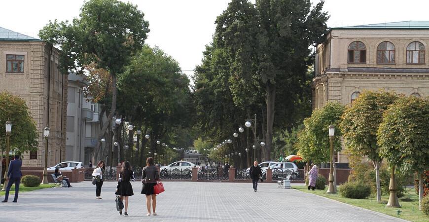 Улица Бродвей (Сайилгох) в Ташкенте