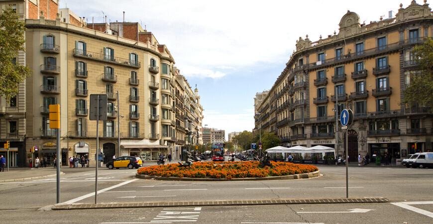 Улица Rambla de Catalunya