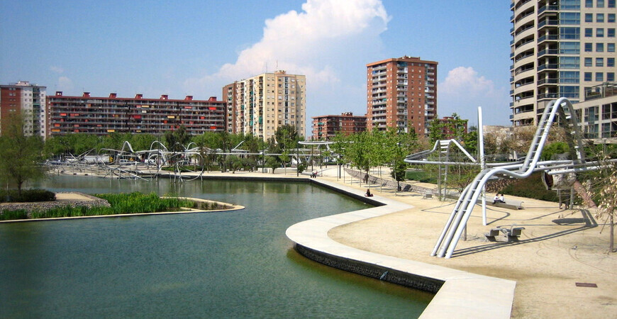 Парк Диагональ Мар (Park Diagonal Mar)