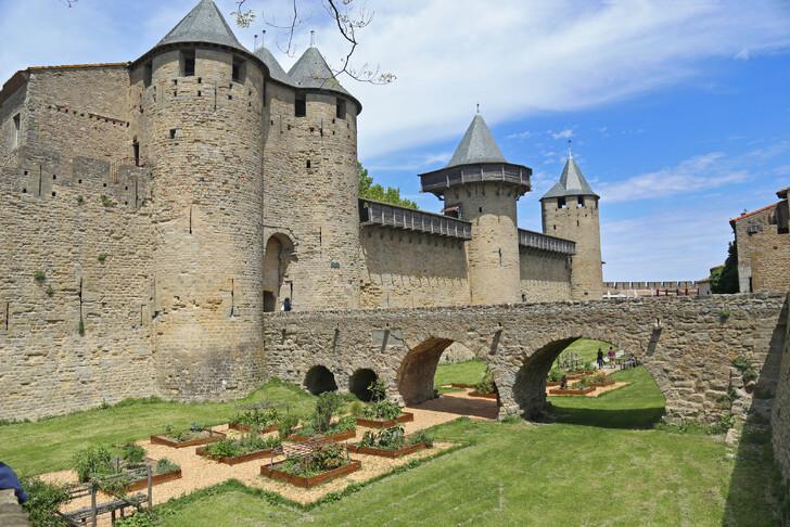 Город-крепость Каркассон