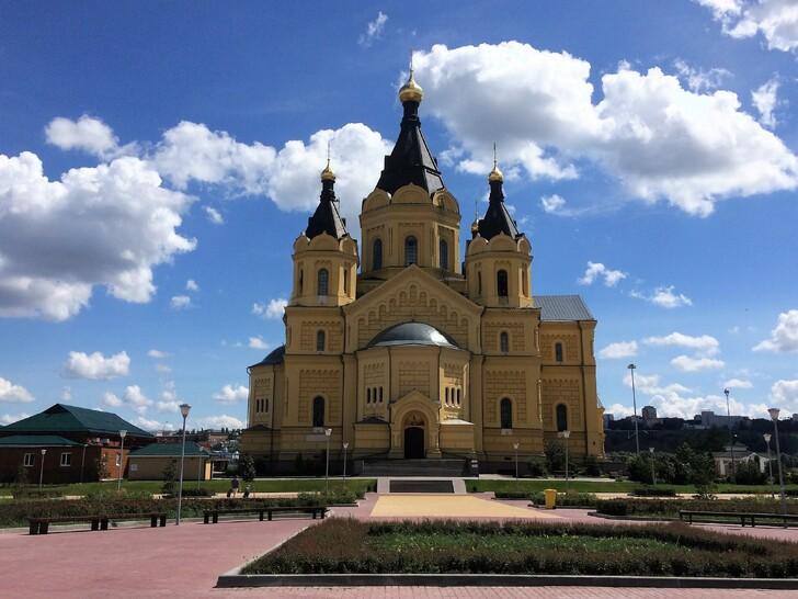 Новоярмарочный собор Александра Невского