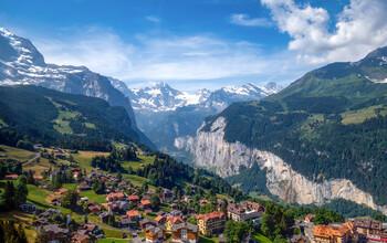 Швейцария закрывает границы для иностранцев