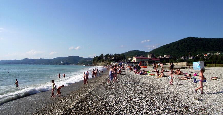 Пляж посёлка Агой