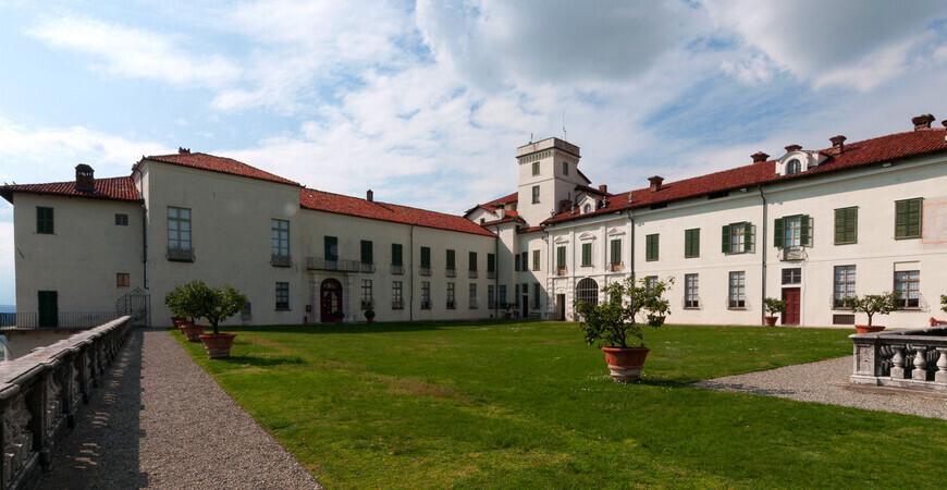 Замок Мазино