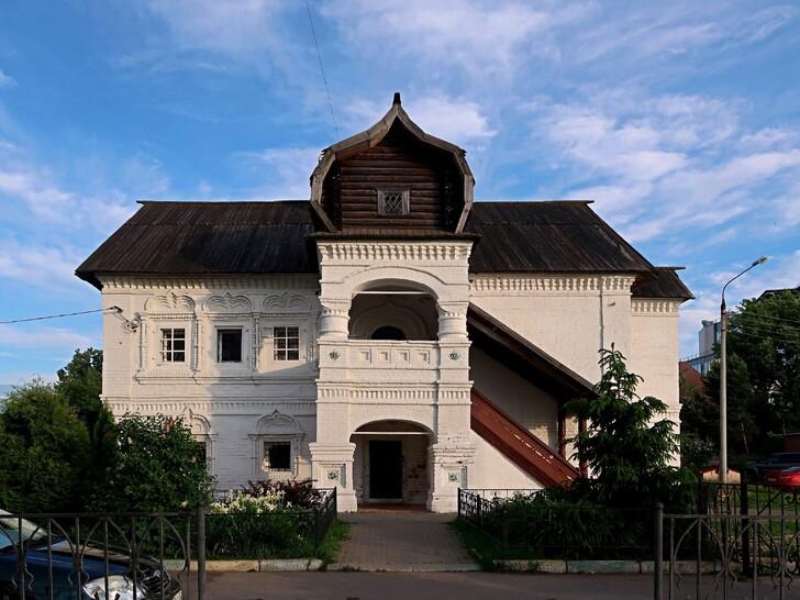 Палаты А. Олисова