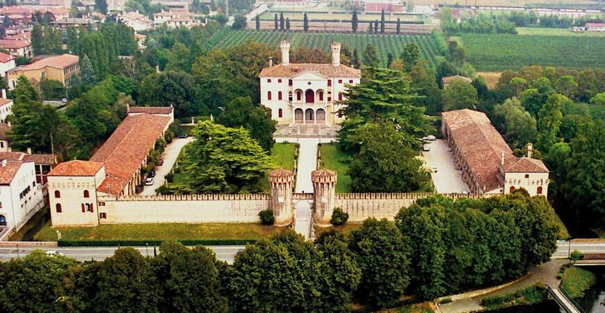Замок Ронкаде <br/> (Castello di Roncade)