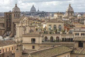 Испания и Италия ослабили карантин