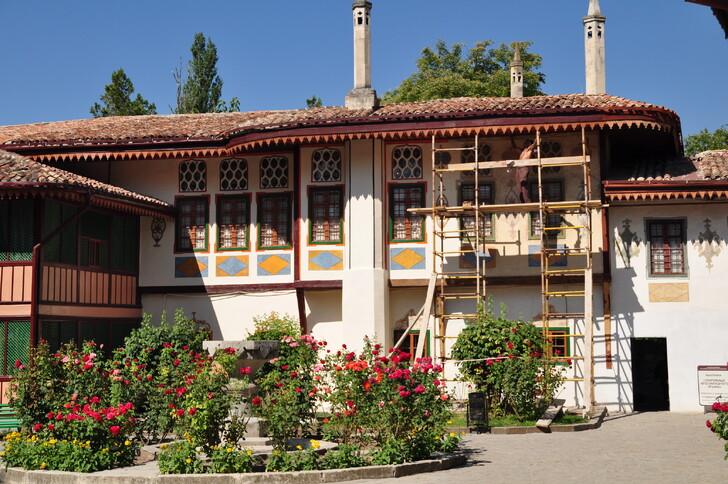 Территория ханского дворца