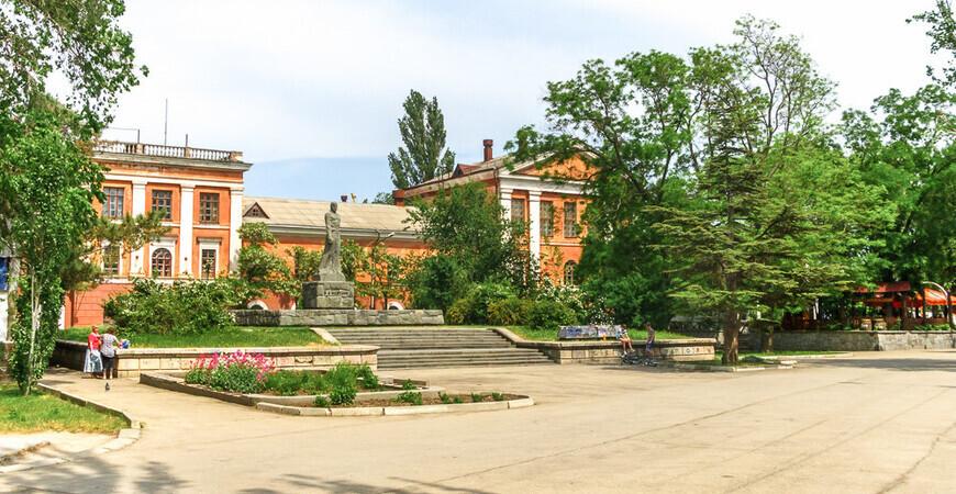 Юбилейный парк в Феодосии