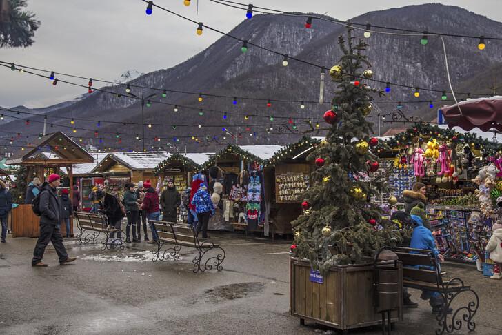 Рождественская ярмарка на Красной Поляне