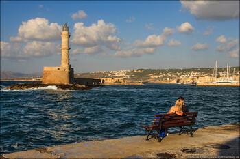 Греция может начать принимать туристов с июля