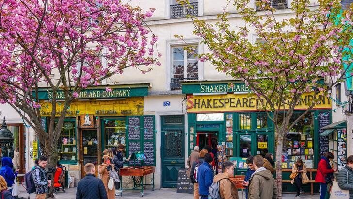 Книжный магазин Shakespeare and company