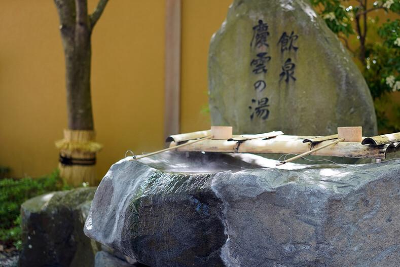 Как выглядит самая старая вмире гостиница— Нисияма Онсэн Кэйункан