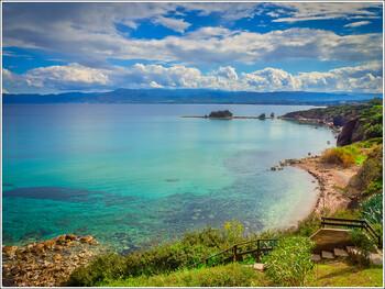 Кипр планирует принять первых иностранных туристов в июле