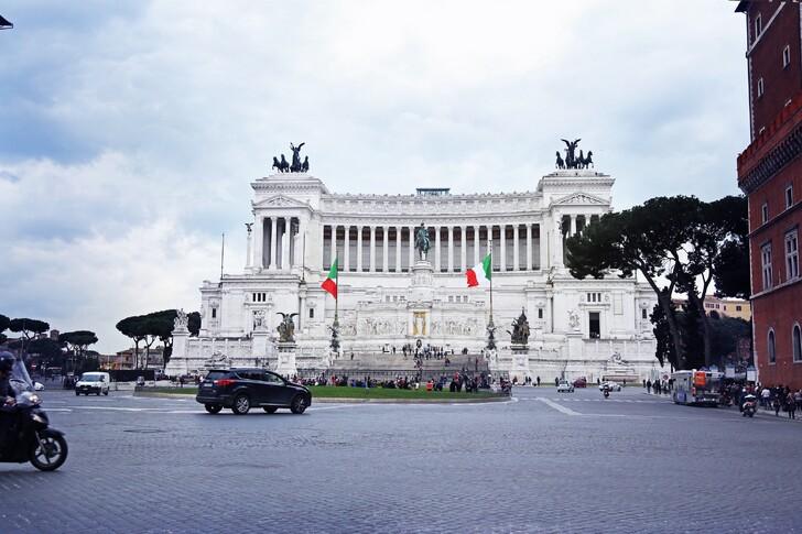 Монумент Витториано
