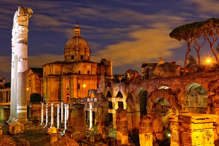 Римский форум на закте