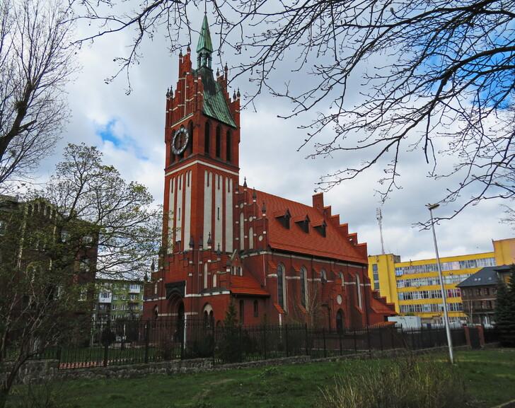 Калининградская филармония - бывшая католическая церковь Святого Семейства