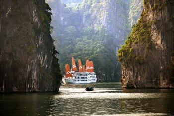Вьетнам возобновляет транспортное сообщение