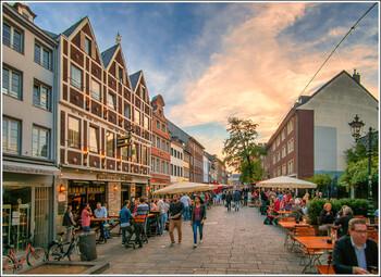 В Германии откроют все магазины при соблюдении мер гигиены