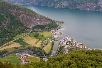 В Норвегии начинают отменять ограничения