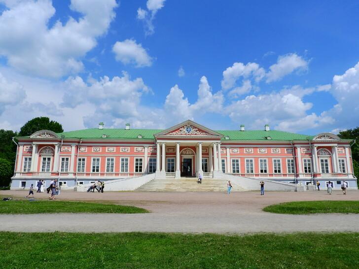 Летний дворец графа П.Б.Шереметева в Кускове