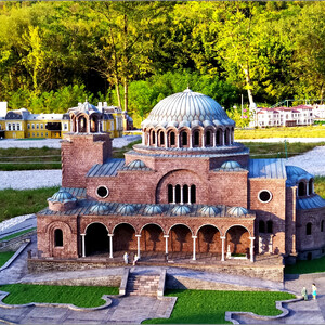 Парк «Болгария в миниатюре» в Велико-Тырнове