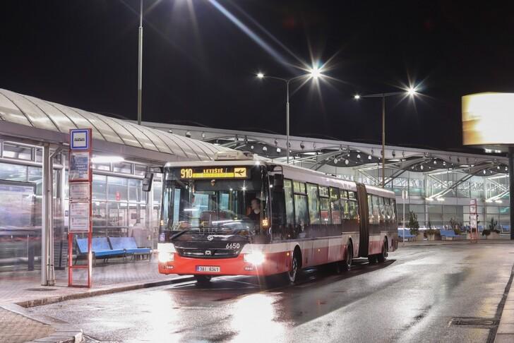 Автобус № 910