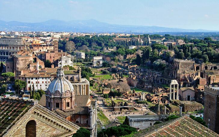 Вид на Рим со смотровой площадки Витториано