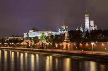 Режим ограничений в Москве продлевают до 31 мая
