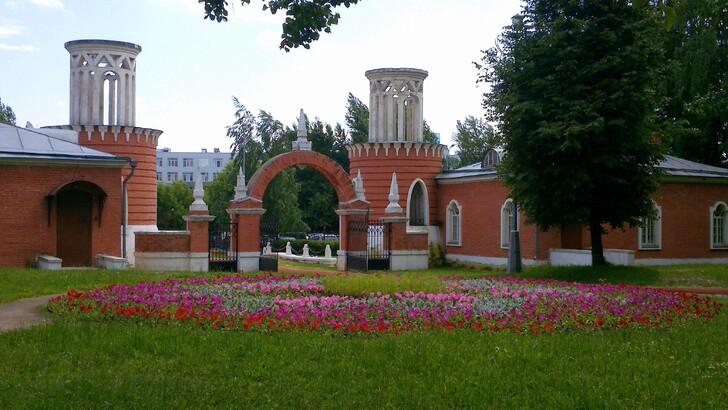 Ансамбль въездных ворот Воронцовского парка
