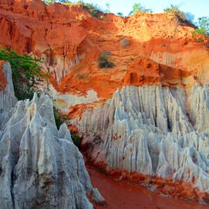 Красный каньон в Мунье