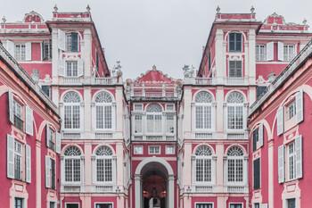 Итальянская Генуя проведет Дни открытых дверей во дворцах онлайн