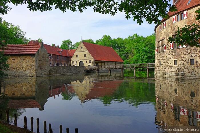 Мюнстерланд. Каналы, озера и рыцарский замок Фишеринг