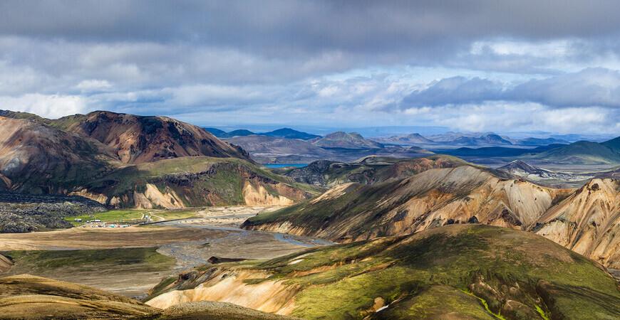 Цветные горы Ландманналёйгар