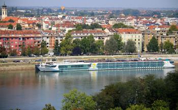Сербия не будет требовать у туристов тест на коронавирус