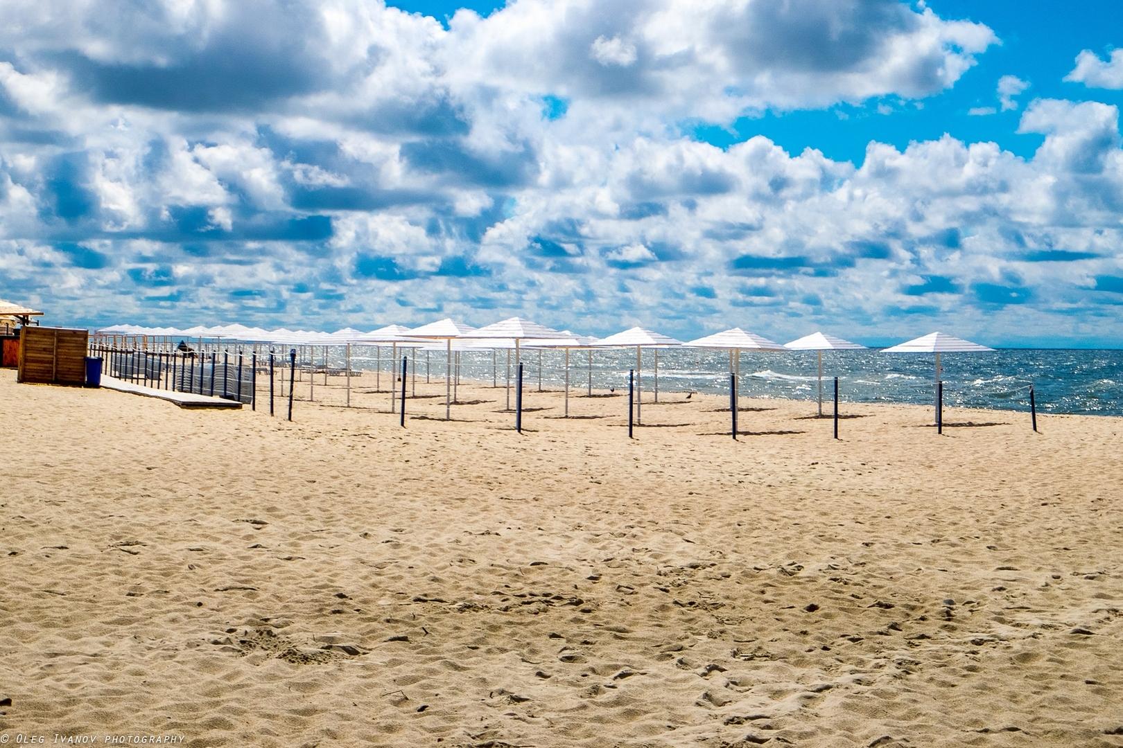 янтарный пляж фото есть