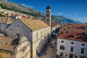 Хорватия примет туристов без тестов на коронавирус и без карантина