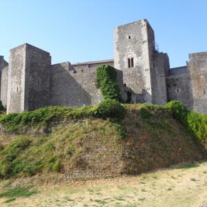Замок Мельфи — замок норманов 11 века в Апулии