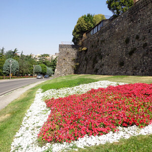По средневековому Мельфи (Апулия, Италия)