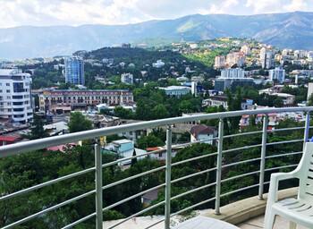 В Крыму для прогулок открывают набережные